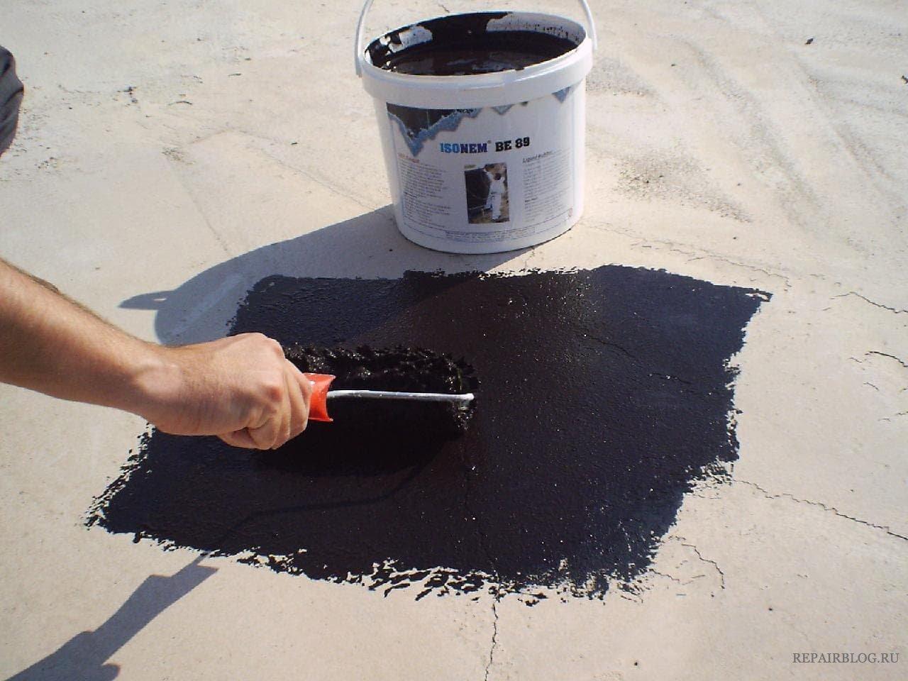 битум на бетоне